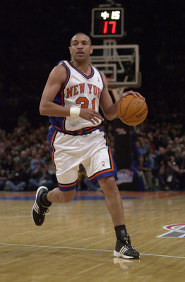 26 Apr 2001:  Mark Jackson #31 of the New York Knicks in action during game two of the NBA Playoffs against the Toronto Raptors at Madison Square Garden in New York, New York.  The Raptors won 94-74.  DIGITAL IMAGE.  Mandatory Credit:  Ezra O. Shaw/Allspo