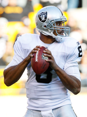 PITTSBURGH - NOVEMBER 21:  Jason Campbell #8 of the Oakland Raiders drops back to pass against the Pittsburgh Steelers during the game on November 21, 2010 at Heinz Field in Pittsburgh, Pennsylvania.  (Photo by Jared Wickerham/Getty Images)