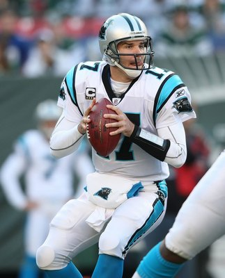 EAST RUTHERFORD, NJ - NOVEMBER 29:  Jake Delhomme #17 of the Carolina Panthers passes against the New York Jets at Giants Stadium on November 29, 2009 in East Rutherford, New Jersey.  (Photo by Nick Laham/Getty Images)