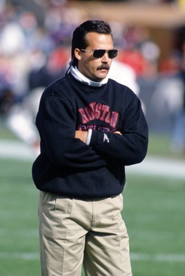 22 OCT 1995:  HOUSTON OILERS HEAD COACH JEFF FISHER ON THE FIELD PRIOR TO THE OILERS 35-32 LOSS TO THE CHICAGO BEARS AT SOLDIER FIELD IN CHICAGO, ILLINOIS. Mandatory Credit: Jonathan Daniel/ALLSPORT
