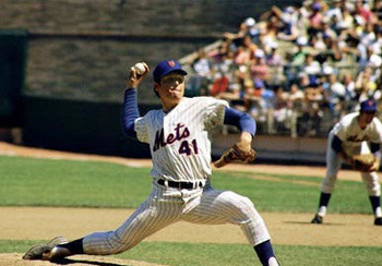 Tom-seaver---pitching-action-photograph-c12187954_display_image