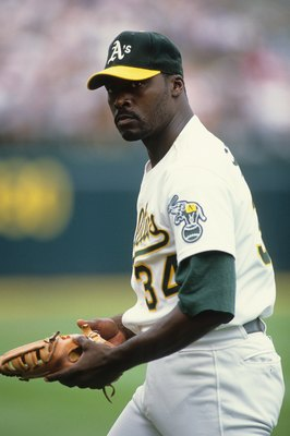 OAKLAND, CA - CIRCA 1990:  Dave Stewart #34 of the Oakland Athletics looks on during an MLB game circa 1990 in Oakland, California. (Photo by Otto Greule Jr./Getty Images)