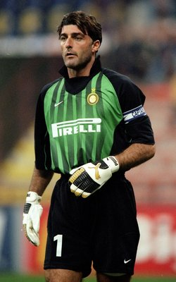 21 Oct 1998:  Gianluca Pagliuca of Inter Milan in the UEFA Champions League match against Spartak Moscow at the San Siro in Milan, Italy. Inter won 2-1. \ Mandatory Credit: Shaun Botterill /Allsport