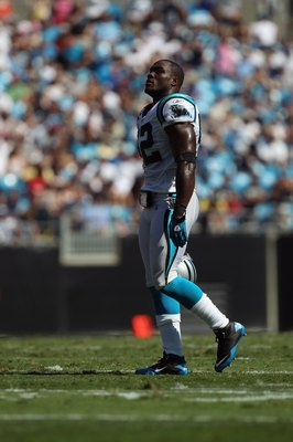 CHARLOTTE, NC - SEPTEMBER 19:  Jon Beason #52 of the Carolina Panthers during their game against the Tampa Bay Buccaneers at Bank of America Stadium on September 19, 2010 in Charlotte, North Carolina.  (Photo by Streeter Lecka/Getty Images)