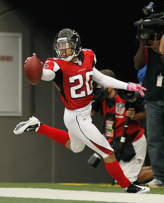 ATLANTA - OCTOBER 24:  Brent Grimes #20 of the Atlanta Falcons against the Cincinnati Bengals at Georgia Dome on October 24, 2010 in Atlanta, Georgia.  (Photo by Kevin C. Cox/Getty Images)