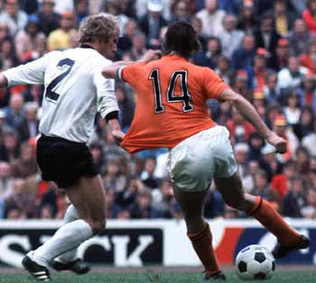 Cruyff_display_image