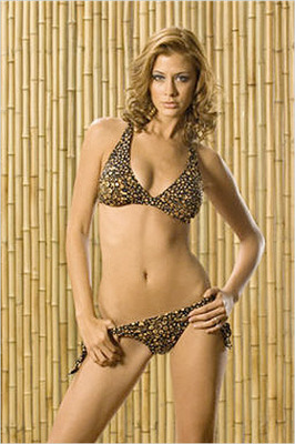 028-elisabeth_reyes_display_image