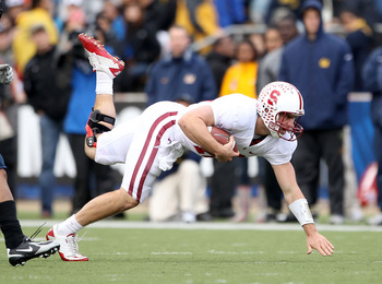 BERKELEY, CA - NOVEMBER 20:  Andrew Luck #12 of the Stanford Cardinal in action during their game against the California Golden Bears at California Memorial Stadium on November 20, 2010 in Berkeley, California.  (Photo by Ezra Shaw/Getty Images)