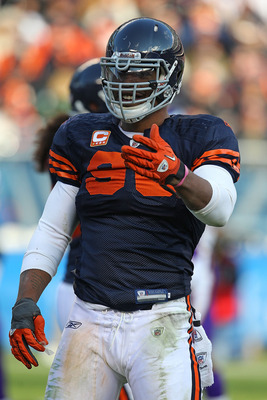 CHICAGO - NOVEMBER 14: Julius Peppers #90 of the Chicago Bears talks to a referee during a game against the Minnesota Vikings at Soldier Field on November 14, 2010 in Chicago, Illinois. The Bears defeated the Vikings 27-13. (Photo by Jonathan Daniel/Getty