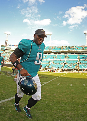 JACKSONVILLE, FL - NOVEMBER 21:  David Garrard #9  of the Jacksonville Jaguars  runs off the field after winning a game agaisnt the Cleveland Browns at EverBank Field on November 21, 2010 in Jacksonville, Florida.  (Photo by Mike Ehrmann/Getty Images)