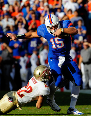 GAINESVILLE, FL - NOVEMBER 28:  Tim Tebow #15 of the Florida Gators runs for yardage during the game against the Florida State Seminoles at Ben Hill Griffin Stadium on November 28, 2009 in Gainesville, Florida.  (Photo by Sam Greenwood/Getty Images)