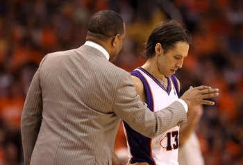 PHOENIX - MAY 29:  Head coach Alvin Gentry of the Phoenix Suns talks with Steve Nash #13 during Game Six of the Western Conference finals of the 2010 NBA Playoffs against the Los Angeles Lakers at US Airways Center on May 29, 2010 in Phoenix, Arizona. The