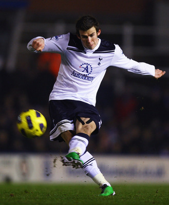 BIRMINGHAM, ENGLAND - DECEMBER 04:  Gareth Bale of Tottenham Hotspur in action during the Barclays Premier League match between Birmingham City and Tottenham Hotspur at St Andrews on December 4, 2010 in Birmingham, England.  (Photo by Matthew Lewis/Getty