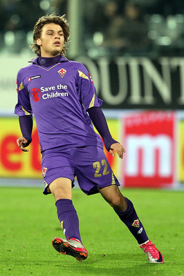 FLORENCE, ITALY - NOVEMBER 14:  Adem Ljajic of ACF Fiorentina in action during the Serie A match between Fiorentina and Cesena at Stadio Artemio Franchi on November 14, 2010 in Florence, Italy.  (Photo by Gabriele Maltinti/Getty Images)