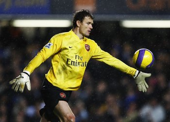 LONDON - DECEMBER 10:  Jens Lehmann of Arsenal in action during the Barclays Premiership match between Chelsea and Arsenal at Stamford Bridge on December 10, 2006 in London, England.  (Photo by Shaun Botterill/Getty Images)