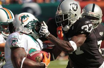 The Raiders and Dolphins are no stranger to each other. This psuedo rivalry goes back to the 70s.
