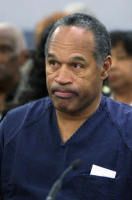 LAS VEGAS - DECEMBER 5:  OJ Simpson listens to District Court Judge Jackie Glass prior to sentencing at the Clark County Regional Justice Center December 5, 2008 in Las Vegas, Nevada.  Simpson and co-defendant Clarence 'C.J.' Stewart were sentenced on 12