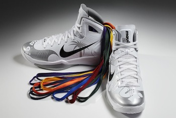 Nike-hyperdunk-2010-maui-invitational-edition_display_image