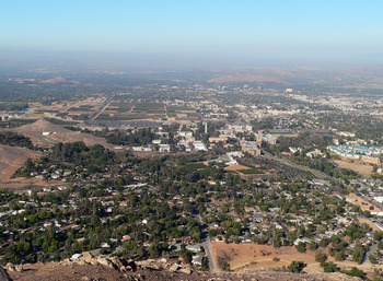 Riverside_california_view_from_box_springs_display_image