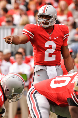 COLUMBUS, OH - OCTOBER 23:  Terrelle Pryor #2 of the Ohio State Buckeyes calls signals against the Purdue Boilermakers at Ohio Stadium on October 23, 2010 in Columbus, Ohio.  (Photo by Jamie Sabau/Getty Images)