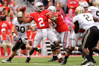 COLUMBUS, OH - OCTOBER 23:  Terrelle Pryor #2 of the Ohio State Buckeyes throws a pass in the first half against the Purdue Boilermakers at Ohio Stadium on October 23, 2010 in Columbus, Ohio.  (Photo by Jamie Sabau/Getty Images)