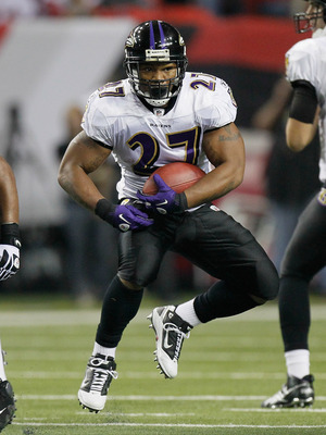 ATLANTA - NOVEMBER 11:  Ray Rice #27 of the Baltimore Ravens against the Atlanta Falcons at Georgia Dome on November 11, 2010 in Atlanta, Georgia.  (Photo by Kevin C. Cox/Getty Images)