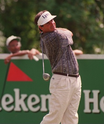 12 NOV 1994:  CURRENT LEADER FRED COUPLES OF THE USA DRIVES OFF THE SIXTH TEE DURING THE THIRD ROUND OF THE 1994 WORLD CUP GOLF BY HEINEKEN AT THE HYATT DORADO BEACH GC, PUERTO RICO.  Mandatory Credit: Phil Cole/ALLSPORT