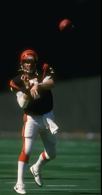 25 Sep 1988: Quarterback Boomer Esiason of the Cincinnati Bengals throws the ball during a game against the Cleveland Browns at Riverfront Stadium in Cincinnati, Ohio. The Bengals won the game, 24-17.