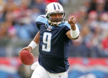 NASHVILLE - DECEMBER 18: Steve McNair #9 of the Tennessee Titans scrambles out of the pocket aganst the Tennessee Titans December 18, 2005 at The Coliseum in Nashville, Tennessee. (Photo by Matthew Stockman/Getty Images)