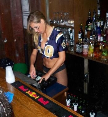 24rams-barmaid_display_image