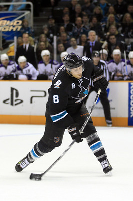 SAN JOSE, CA - NOVEMBER 15:  Joe Pavelski #8 of the San Jose Sharks in action during their game against the Los Angeles Kings at HP Pavilion on November 15, 2010 in San Jose, California.  (Photo by Ezra Shaw/Getty Images)