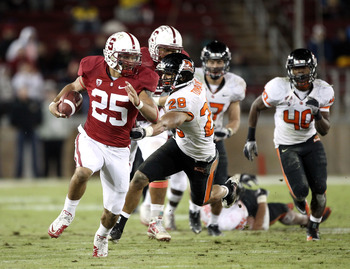 PALO ALTO, CA - NOVEMBER 27:  Tyler Gaffney #25 of the Stanford Cardinal breaks free en route to scoring a touchdown during their game against the Oregon State Beavers at Stanford Stadium on November 27, 2010 in Palo Alto, California.  (Photo by Ezra Shaw