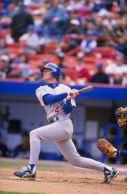 16 Apr 1998:  Infielder Jeff Blauser of the Chicago Cubs in action during a game against the New York Mets at Shea Stadium in Flushing, New York.  The Cubs defeated the Mets 8-4. Mandatory Credit: David Seelig  /Allsport