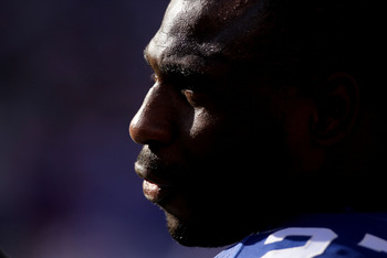 EAST RUTHERFORD, NJ - OCTOBER 17:  Brandon Jacobs #27 of the New York Giants against the Detroit Lions at New Meadowlands Stadium on October 17, 2010 in East Rutherford, New Jersey.  (Photo by Nick Laham/Getty Images)