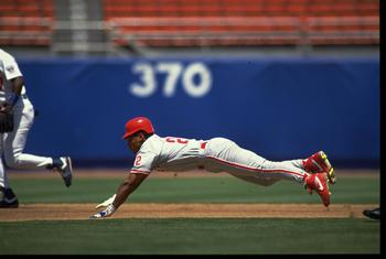 5 JUL 1992:  STAN JAVIER OF THE PHILADELPHIA PHILLIES SLIDES HEAD-FIRST DURING THEIR GAME AGAINST THE LOS ANGELES DODGERS AT DODGER STADIUM IN LOS ANGELES, CALIFORNIA.  MANDATORY CREDIT: STEPHEN DUNN/ALLSPORT