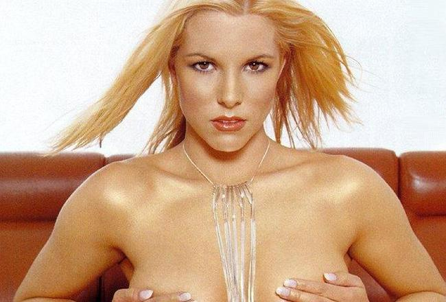 Amy-taylor-734x1024-128kb-media-870-media-81042-1047374702_crop_650x440