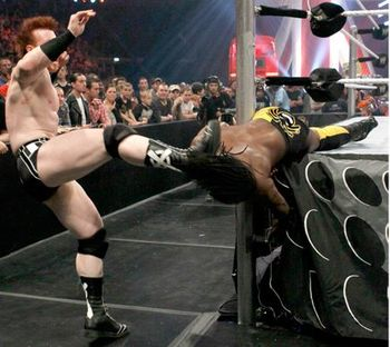 Wwe-raw-superstar-sheamus-vs-kofi-kingston_display_image