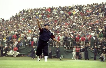 20 Jun 1999:  Payne Stewart of the United States celebrates victory after sinking his final putt during the last day of the 1999 US Open played on the number two course at Pinehurst in North Carolina, USA. \ Mandatory Credit: Harry How /Allsport