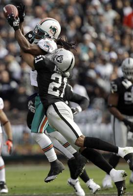Nnamdi Asomugha tried to go, but was ineffective.