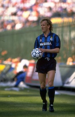 1989:  Andreas Brehme of Inter Milan prepares for a throw in during a Serie A match against AC Milan at the San Siro Stadium in Milan, Italy. The match ended in a 0-0 draw. \ Mandatory Credit: Allsport UK /Allsport