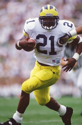 10 Sep 1994: MICHIGAN RUNNING BACK TIM BIAKABUTUKA IN ACTION DURING A 26-24 WIN OVER NOTRE DAME IN SOUTH BEND, INDIANA.