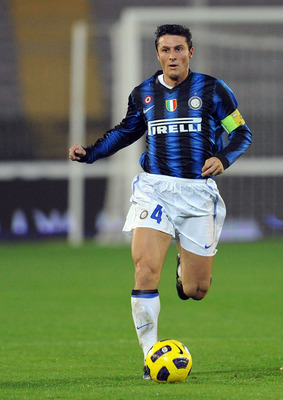 LECCE, ITALY - NOVEMBER 10:  Javier Zanetti of Inter in action during the Serie A match between Lecce and Inter Milan at Stadio Via del Mare on November 10, 2010 in Lecce, Italy.  (Photo by Giuseppe Bellini/Getty Images)
