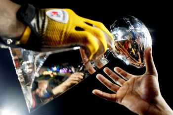 TAMPA, FL - FEBRUARY 01:  Players from the Pittsburgh Steelers celebrate with the Vince Lombardi trophy after their 27-23 win against the Arizona Cardinals during Super Bowl XLIII on February 1, 2009 at Raymond James Stadium in Tampa, Florida.  (Photo by