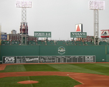 Fenway_green-monster_display_image