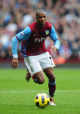 BIRMINGHAM, ENGLAND - OCTOBER 31:  Ashley Young of Aston Villa in action during the Barclays Premier League match between Aston Villa and Birmingham at Villa Park on October 31, 2010 in London, England.  (Photo by Mike Hewitt/Getty Images)
