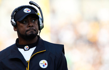 PITTSBURGH - NOVEMBER 21:  Head coach Mike Tomlin of the Pittsburgh Steelers watches his team during the game against the Oakland Raiders on November 21, 2010 at Heinz Field in Pittsburgh, Pennsylvania.  (Photo by Jared Wickerham/Getty Images)