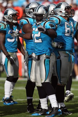 CHARLOTTE, NC - OCTOBER 24:  Jon Beason #52 of the Carolina Panthers against the San Francisco 49ers during their game at Bank of America Stadium on October 24, 2010 in Charlotte, North Carolina.  (Photo by Streeter Lecka/Getty Images)