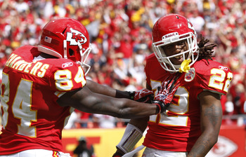 KANSAS CITY, MO - SEPTEMBER 26: Dexter McCluster #22 of the Kansas City Chiefs celebrates with Chris Chambers #84 after a 31-yard touchdown reception against the San Francisco 49ers at Arrowhead Stadium on September 26, 2010 in Kansas City, Missouri. The