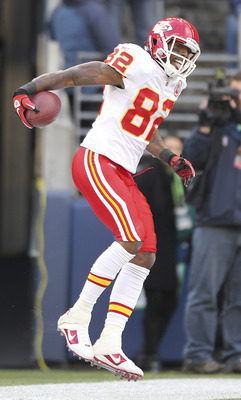 SEATTLE - NOVEMBER 28:  Wide receiver Dwayne Bowe #82 of the Kansas City Chiefs celebrates after scoring a touchdown to take a 20-7 lead against the Seattle Seahawks at Qwest Field on November 28, 2010 in Seattle, Washington. The Chiefs defeated the Seaha