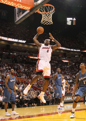 MIAMI, FL - NOVEMBER 29:  LeBron James #6 of the Miami Heat shoots during a game against the Washington Wizards at American Airlines Arena on November 29, 2010 in Miami, Florida. NOTE TO USER: User expressly acknowledges and agrees that, by downloading an